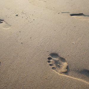 adab berjalan kaki dalam islam